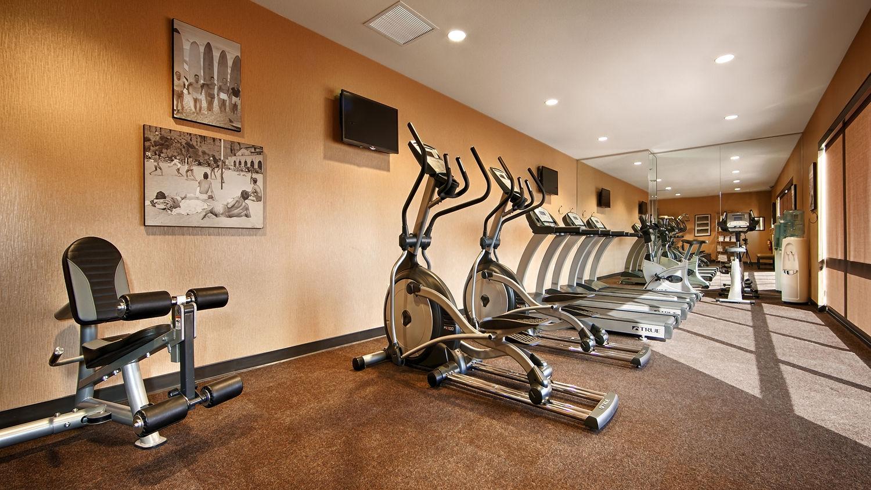 Disneyland Hotel gym